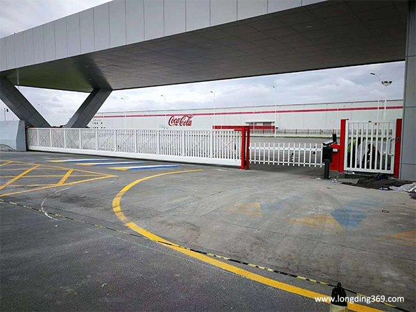 可口可乐厂区大门
